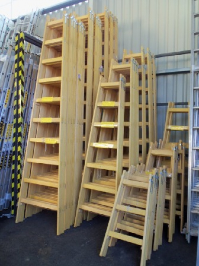 Drevený rebrík dvojdielny ALVE 2812